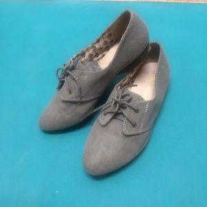 Brand new light grey lace up flats